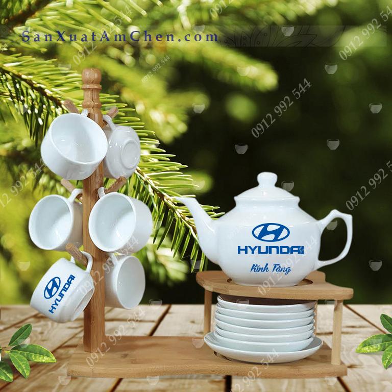 Bộ trà trắng vuông Hong Kong